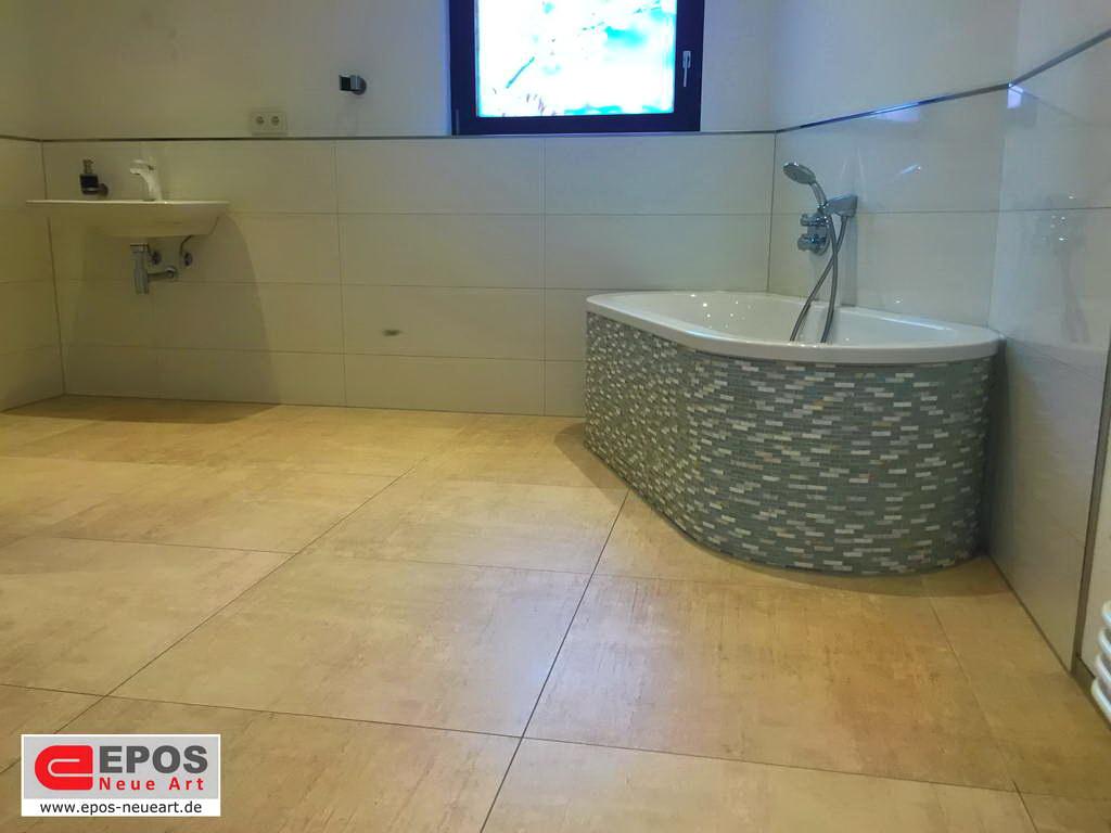 Die großformatigen Fliesen im Badezimmer und WC • EPOS - Neue Art